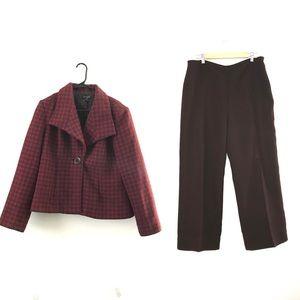 Kim Rogers Suit size 14